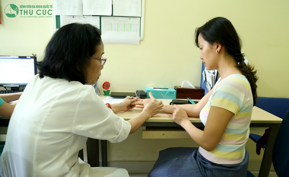Chín mé kéo dài lâu người bệnh cần đến bệnh viện để được bác sĩ chuyên khoa thăm khám chữa trị hiệu quả