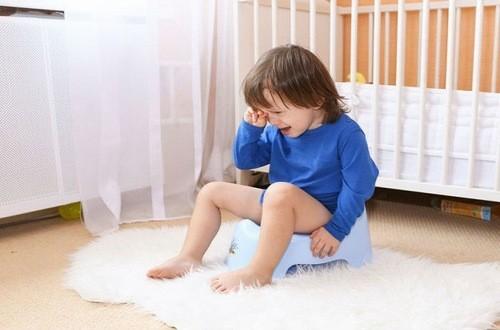 Trẻ bị kiết lỵ cần được phát hiện sớm và điều trị kịp thời hiệu quả