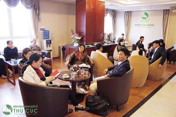 Khoa Ung bướu - Bệnh viện Thu Cúc có hướng điều trị ung thư chuẩn phác đồ Singapore