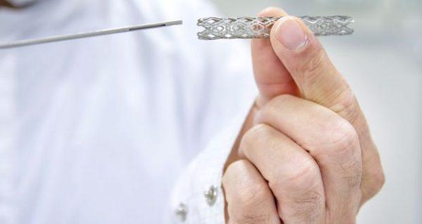 Đặt stent thực quản có thể khiến bệnh nhân ăn uống dễ chịu