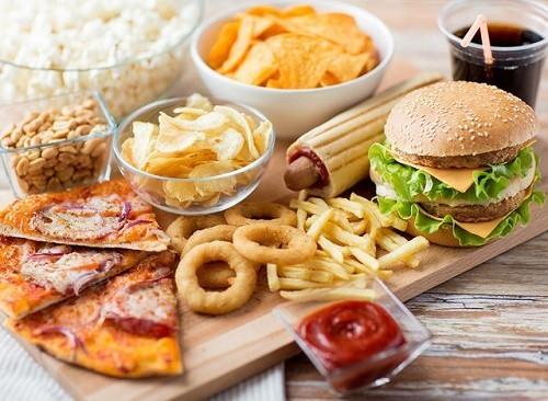 Khi triglycedride cao cần hạn chế ăn các thực phẩm nhiều chất béo