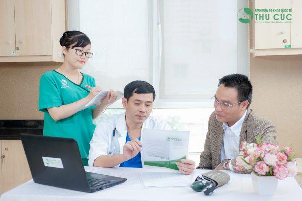 Khám tầm soát ung thư định kì rất quan trọng, đặc biệt với những người thuộc nhóm có nguy cơ mắc bệnh cao