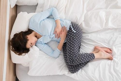 Khâu tử cung thực hiện ở những phụ nữ bị sảy thai liên tiếp do nạo thủng.