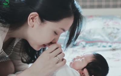 """Dịch vụ """"Tắm bé sơ sinh miễn phí tại nhà"""" của bệnh viện ĐKQT Thu Cúc"""