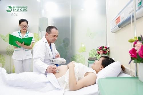 Phân tích nhịp tim thai, cơn gò tử cung là rất cần thiết.