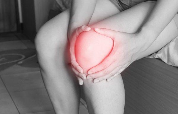 Đau đớn là triệu chứng ung thư di căn xương điển hình