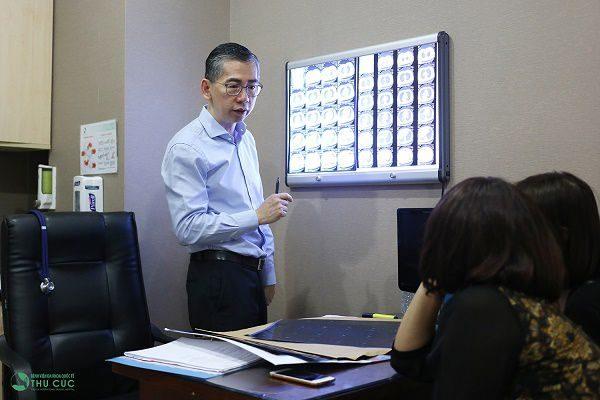 Bệnh viện Thu Cúc hợp tác với đội ngũ bác sĩ chuyên môn giỏi từ Singapore trong xây dựng phác đồ điều trị ung thư