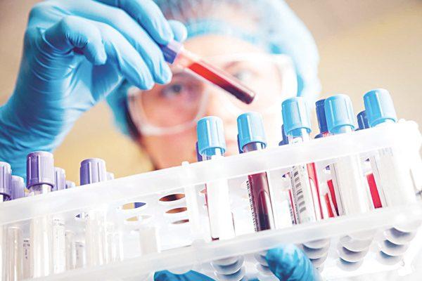 Xét nghiệm máu tầm soát ung thư phổi có thể hỗ trợ tìm dấu ấn ung thư phổi nhưng không thể khẳng định chính xác bạn có mắc bệnh hay không