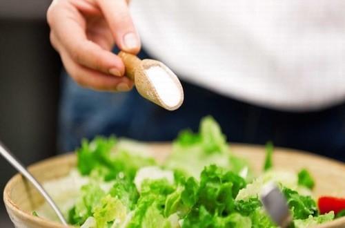 Người Việt thường ăn mặn gây ảnh hưởng đến sức khỏe