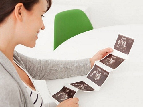 Thời điểm phù hợp cho lần siêu âm đầu tiên của thai kỳ là khoảng tuần thứ 5, thứ 6 thai kỳ.
