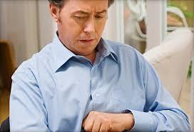 Ợ hơi là dấu hiệu cảnh báo trào ngược dạ dày thực quản