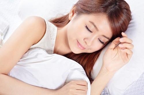 Ngủ thoải mái, thường xuyên thay đổi tư thế là biện pháp tốt nhất cho cơ thể có giấc ngủ ngon và khỏe mạnh
