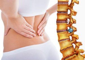 Người thoát vị đĩa đệm có cảm giác đau đớn, ảnh hưởng đến sinh hoạt thường ngày