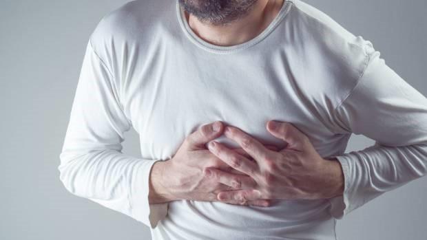 Mỗi khi tim gặp vấn đề bất ổn, cơ thể sẽ phát ra nhiều dấu hiệu và cảnh báo để chúng ta nắm được tình hình và nhanh chóng có biện pháp xử trí. T