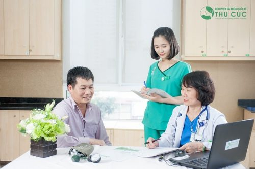 Khám tầm soát ung thư định kì luôn được các bác sĩ khuyến khích