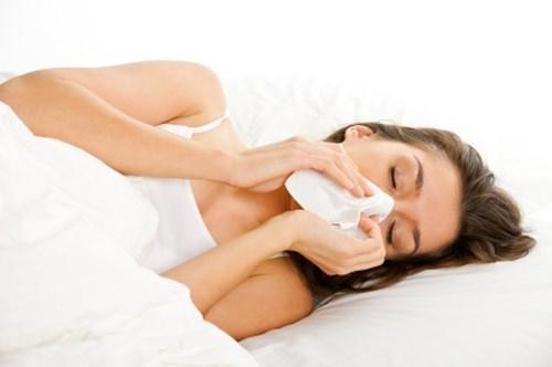 viêm phổi có triệu chứng thân nhiệt giảm