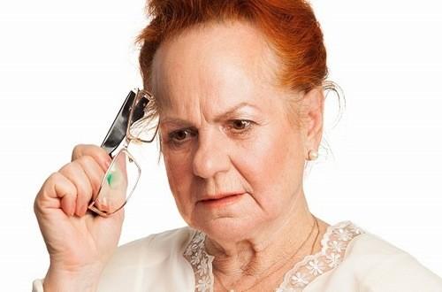 Suy giảm trí nhớ là triệu chứng cảnh báo bệnh sa sút trí tuệ