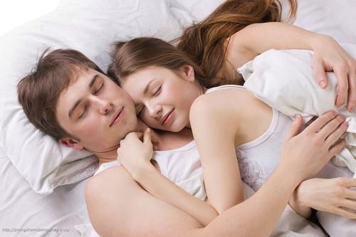 Đặt vòng không ngăn được các bệnh lây nhiễm qua đường tình dục.