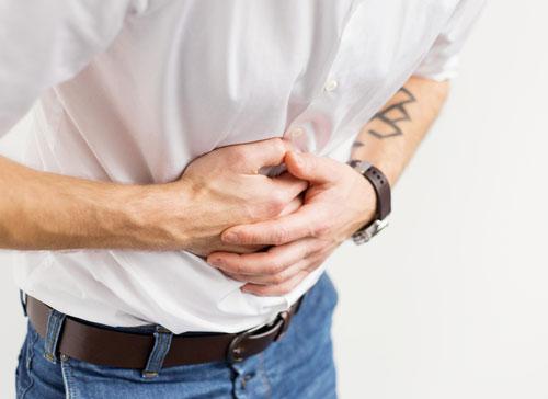 Đau bụng trên rốn thường gặp ở bệnh nhân có u dạ dày lành tính