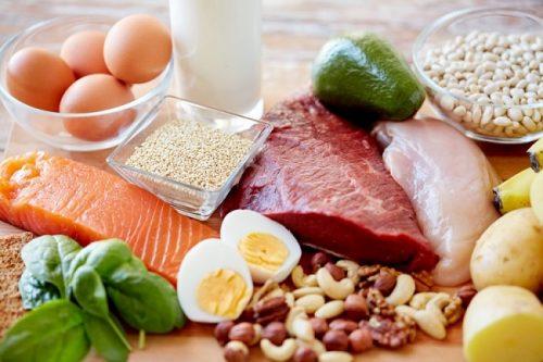 Cân bằng lượng protein trong chế độ dinh dưỡng hàng ngày là điều cần thiết, đặc biệt với bệnh nhân ung thư gan
