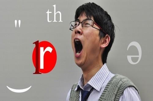 Nói nhiều, nói to, hát, hét là những nguyên nhân gây nên tình trạng hạt xơ dây thanh quản