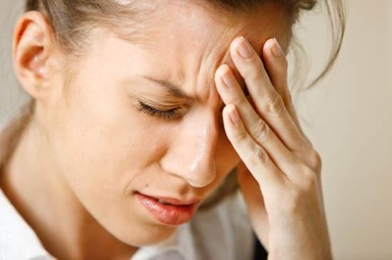 Mỗi triệu chứng đau đầu, hoa mắt, chóng mặt, buồn nôn có thể biểu hiện cho nhiều bệnh lý khác nhau