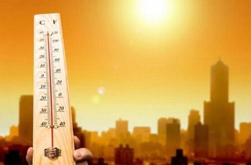 Nhiệt độ ngoài trời quá cao gây ảnh hưởng nghiêm trọng đến sức khỏe