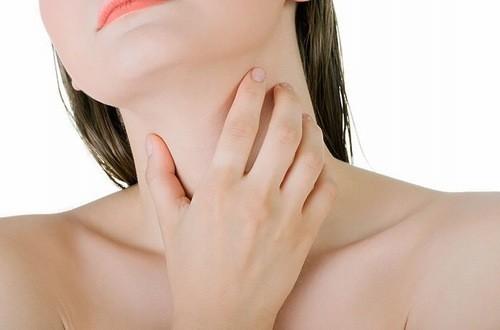 Người bệnh có nhân tuyến giáp cần được điều trị và theo dõi thường xuyên