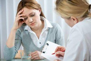Bạn nên đến cơ sở chuyên khoa thăm khám nếu như mất ngủ kéo dài