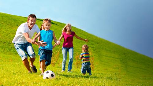 Thay đổi lối sống, tăng cường tập luyện thể dục thể thao thường xuyên ngừa nguy cơ làm tăng nồng độ cholesterol trong máu