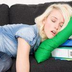Tại sao ngủ dậy hay bị đau đầu?