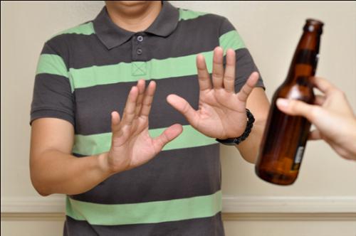 Rượu bia không tốt cho bệnh nhân ung thư tuyến tụy