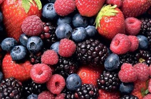 Đây là một trong những loại hoa quả giàu chất chống oxi hóa, có chứa polyphenol anthocyanin,beta-carotene, lutein và zeaxanthin. Những chất chống oxi hóa này bảo vệ phổi khỏi ung thư,dịch bệnh và nhiễm trùng. Các loại nước từ loại quả này có thể giúp giảm các nguycơ mắc bệnh ung thư.