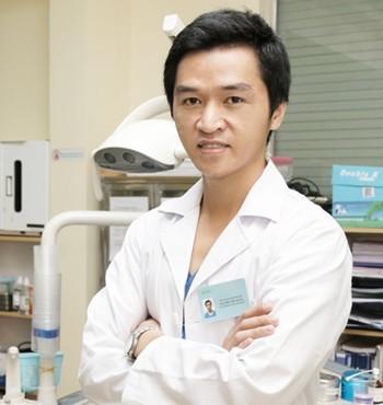 Bác sĩ Nguyễn Việt Hùng