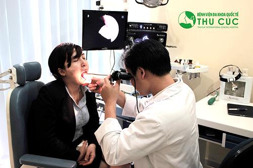 Nội soi tai mũi họng phát hiện những bất thường như tổ chức loét, thâm nhiễm, chảy máu