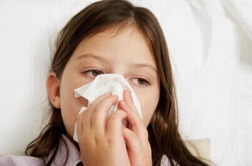 Trẻ bị viêm xoang cần được phát hiện sớm và điều trị kịp thời hiệu quả