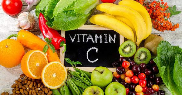 Vitamin C có trong các loại rau quả, mọi người cần bổ sung một lượng vừa đủ cho cơ thể