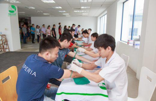 Công ty Phát triển phần mềm Toshiba Việt Nam khám SKĐK tại BV Thu Cúc
