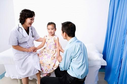 Dịch vụ khám bệnh tại nhà Hà Nội đã xuất hiện và đi vào hoạt động từ lâu, song mãi đến gần đây mới có dấu hiệu khởi sắc.