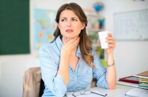 Khan tiếng có thể do các bệnh lý về đường hô hấp gây nên
