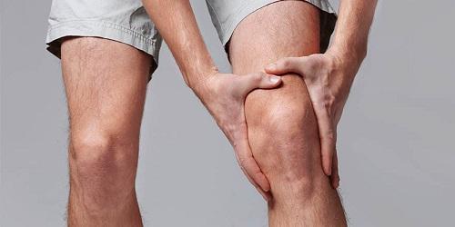 Đau xương là một trong những triệu chứng thường gặp ở bệnh nhân ung thư tuyến tièn liệt có di căn xương