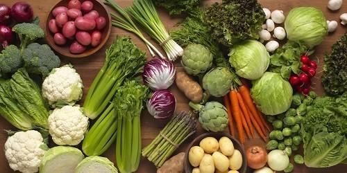 Rau xanh là thực phẩm không thể thiếu trong khẩu phần ăn của người bệnh