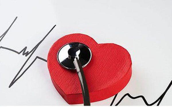 Namgiới chiếm 80% tổng số người hay bị đau thắt ở tim, với độ tuổi gặp nhiều nhất là trên 40.
