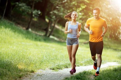 Tích cực thể dục giảm nguy cơ mắc nhiều bệnh ung thư, đặc biệt là ung thư vú, ung thư cổ tử cung ở nữ, ung thư đại trực tràng...