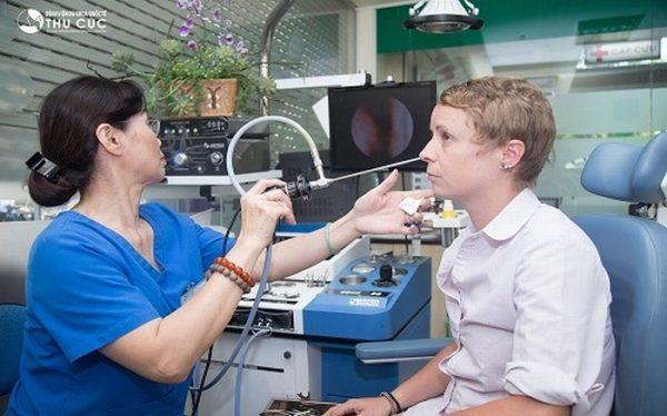 Nội soi tai mũi họng chẩn đoán chính xác tình trạng polyp mũi