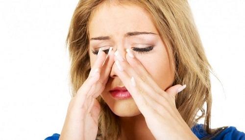 Ngạt mũi gây nhiều khó chịu cho người bệnh