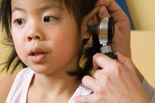 Viêm tai giữa và biến chứng thường gặp