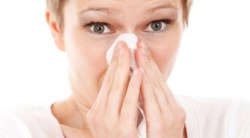 Viêm mũi xoang với các triệu chứng lai rai gây nhiều phiền toái cho người bệnh