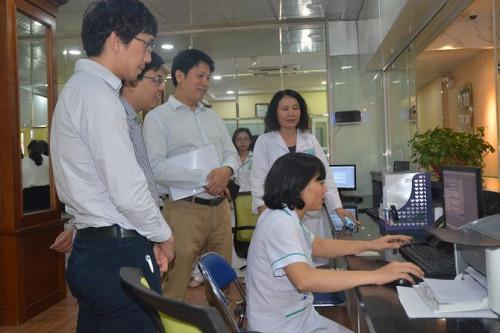 Bệnh viện đã ứng dụng công nghệ thông tin hiện đại vào quản lý và nâng cao chất lượng dịch vụ y tế.