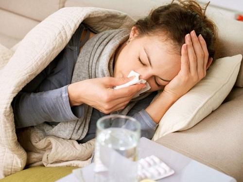 Các triệu chứng lai rai của viêm mũi xoang gây phiền toái cho nhiều người bệnh
